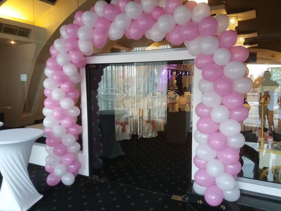 arcada baloane intrare